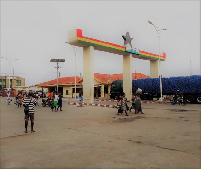 togo ghana border post
